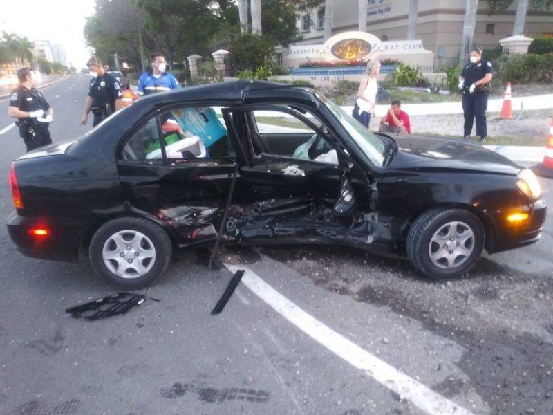 كورفيت C8 2020 تتعرض لحادث بعد استلامها بيوم واحد! (صور)