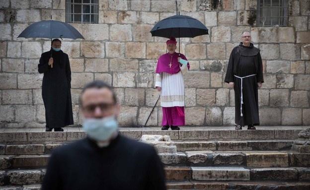 القدس القديمة مهجورة في سبت النور