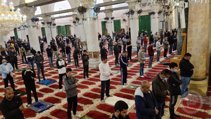 شاهد- بعد شهرين ونصف على إغلاقه- فتح أبواب المسجد الاقصى