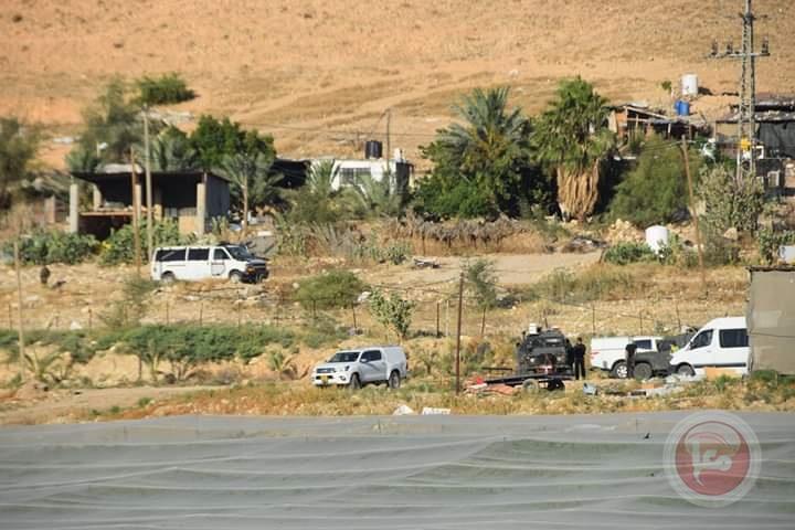 هجمة شرسة في الاغوار : تدمير شبكات المياه ومصادرة بسطات الخضار
