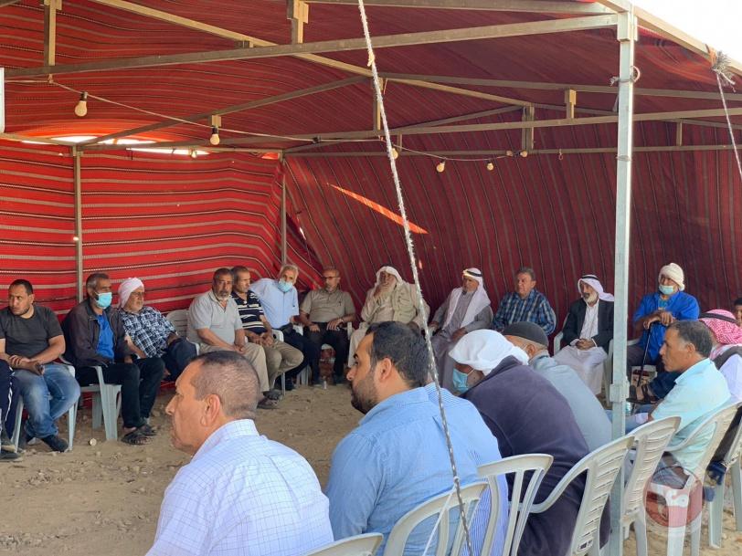 النقب: خيمة اعتصام خربة الوطن تنظم ندوة سياسية  ثقافية
