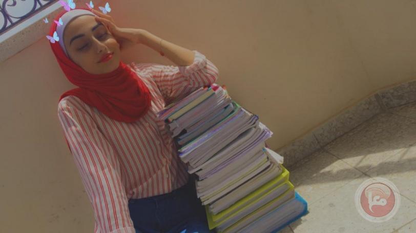 سارة أبو حجير السابع مكرر بالفرع الادبي ... لم تقرر وجهة الدراسة بعد