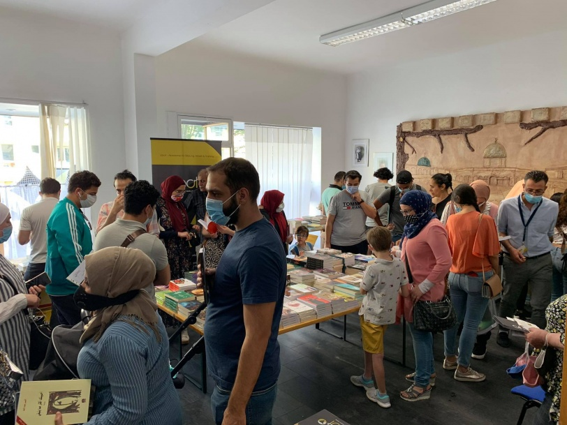 صدى واسع وحضور ملفت بمعرض برلين للكتاب العربي في المانيا