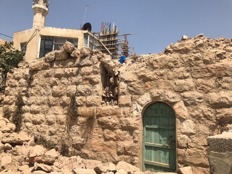 طوافشة: هدم بيت يعود لـ200 عام في أبو فلاح جريمة بحق تاريخنا