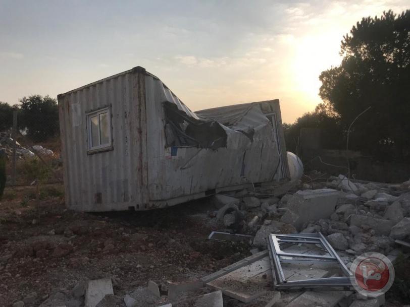 قوات الاحتلال تقوم بعمليات هدم وتجريف في بيت لحم