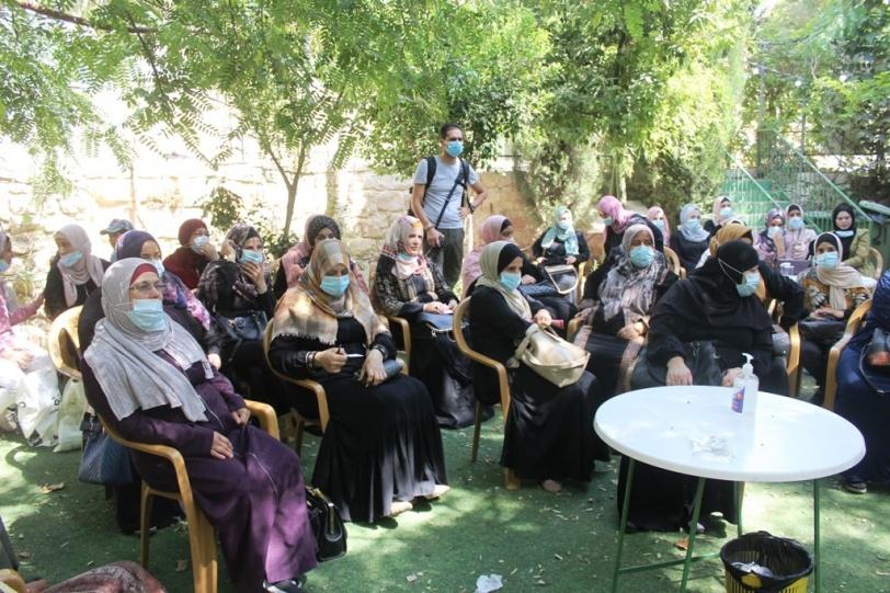 المؤسسة التعليمية العربية تنظم ورشة عمل لسيدات المناطق المغلقة بالخليل