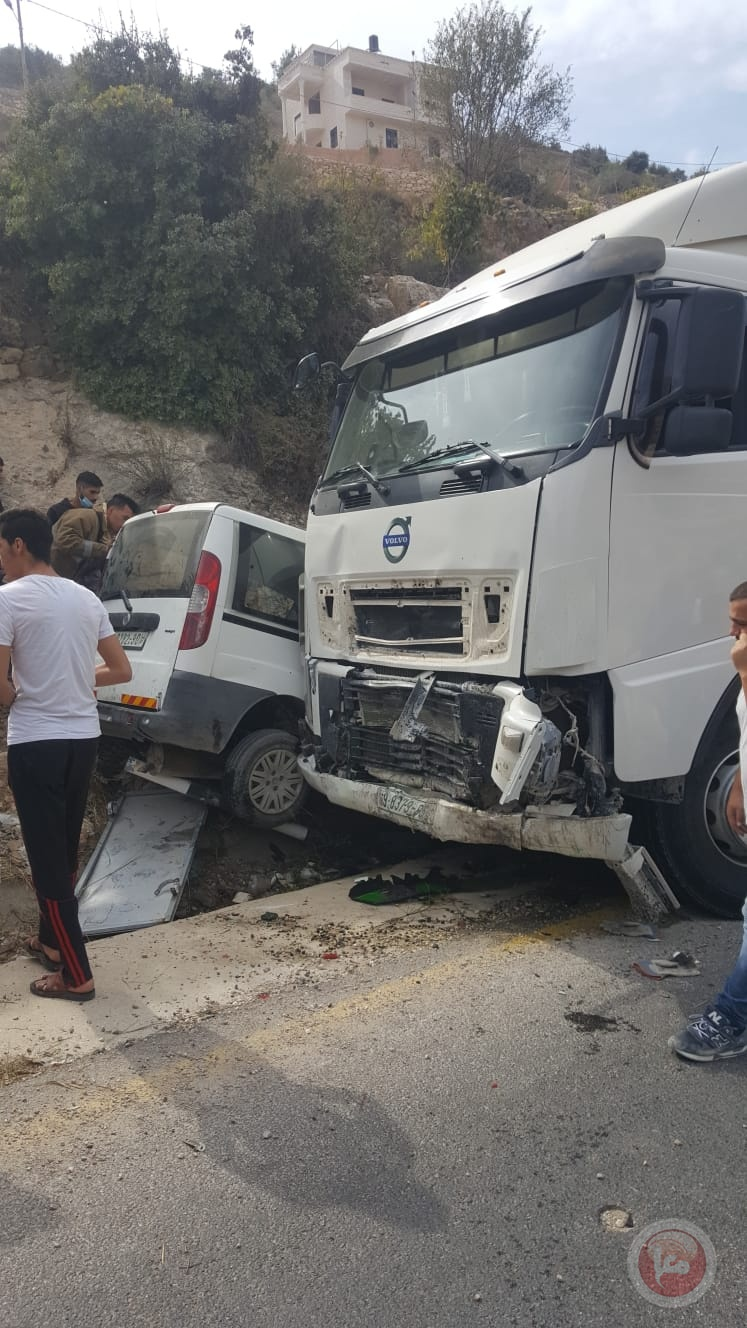 صور- مصرع 2 وإصابة 2 في حادث سير غرب الخليل