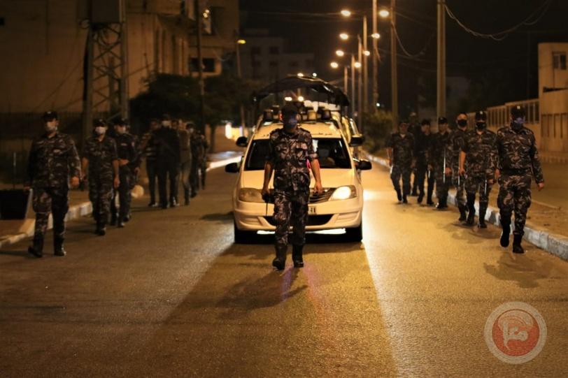 الشرطة تغلق 174 محلا ومنشأة تجارية مخالفة لإجراءات الوقاية