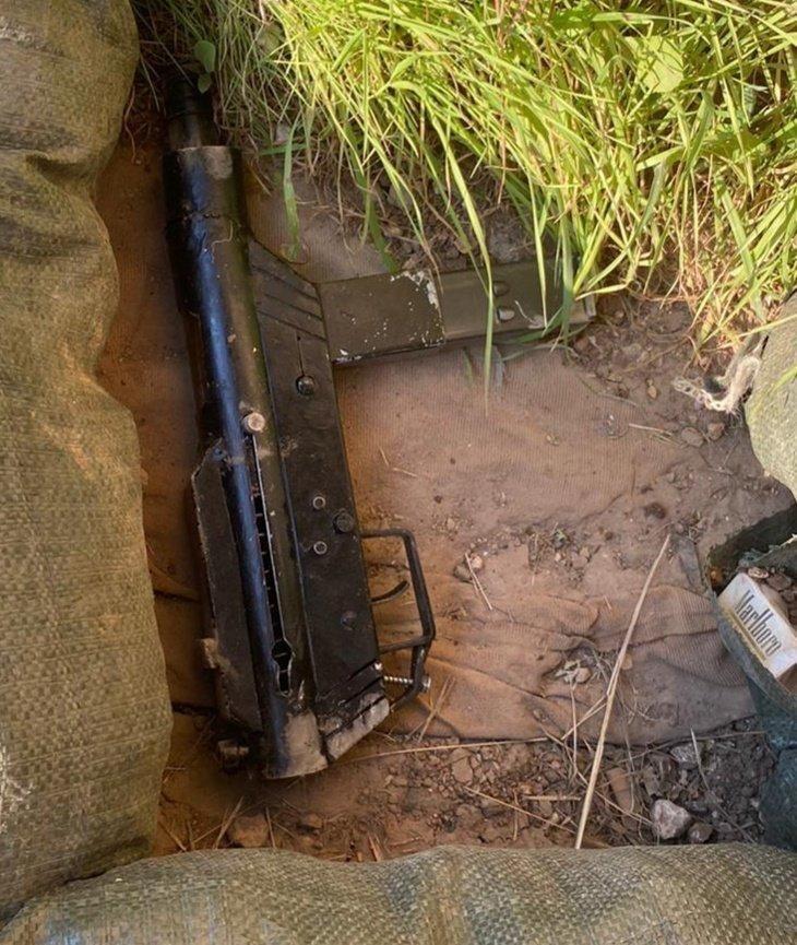 صورة لسلاح كارلو ادعى الاحتلال العثور عليه في موقع العملية