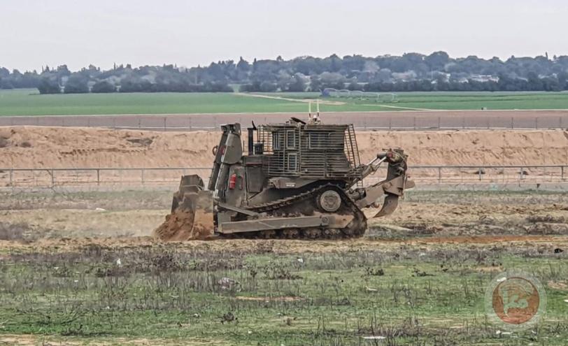 المقاومة تطلق النار صوب الدبابات المتوغلة شرق خان يونس
