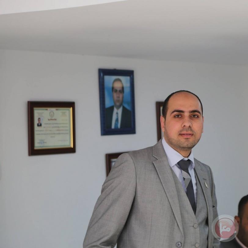 مركز حقوقي يطالب الافراج عن محام محتجز على خلفية حرية الرأي