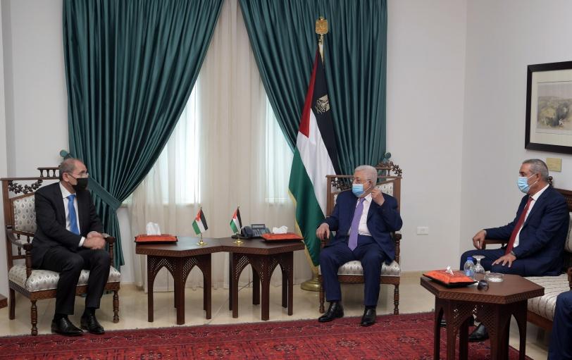 الرئيس يستقبل وزير الخارجية الأردني ويتسلم منه رسالة من الملك عبد الله