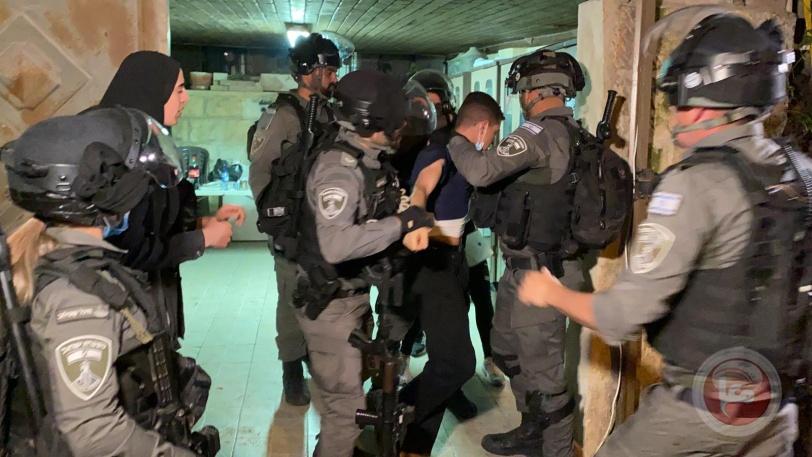 10 اصابات بعد قمع الاحتلال وقفة تضامنية مع أهالي حي الشيخ جراح