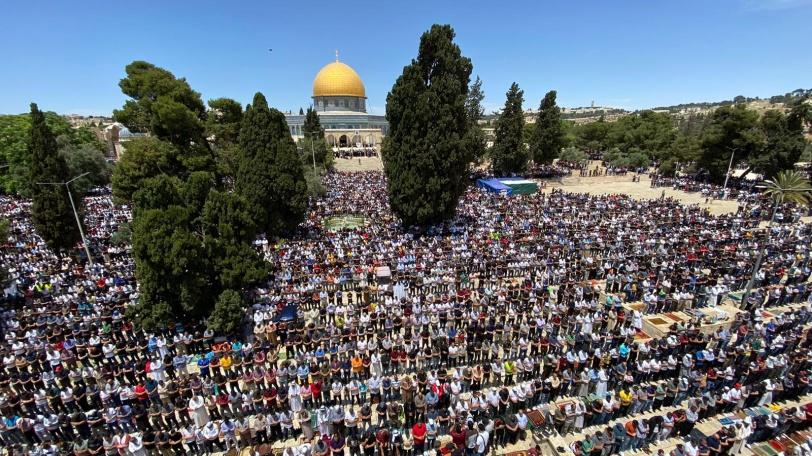 صور - هكذا كانت الجمعة الأخيرة من شهر رمضان في المسجد الاقصى