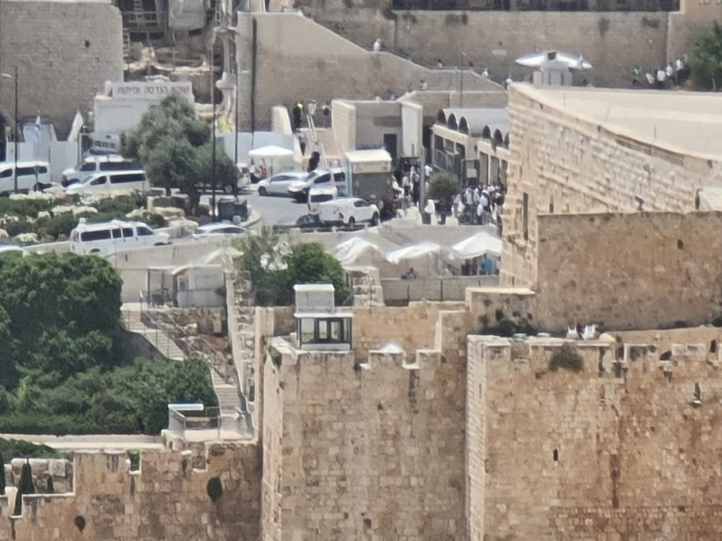 اندلاع مواجهات عنيفة- الاحتلال يغلق شوارع القدس القديمة