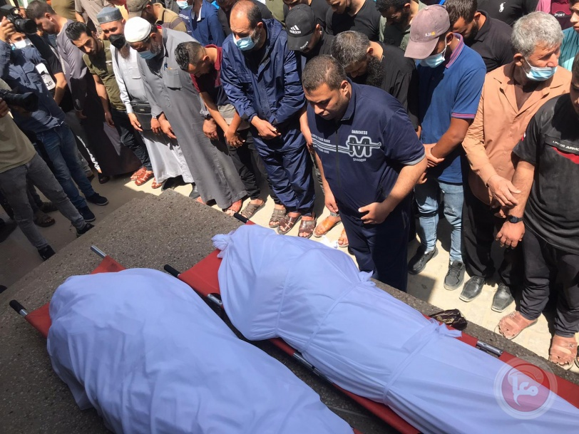الفلسطينيون يشيعون شهداءهم  في غزة