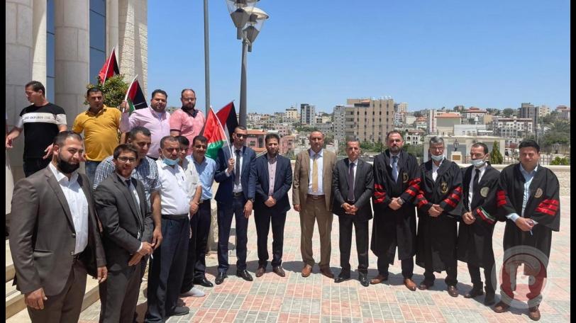 وقفة احتجاجية امام محكمة قلقيلية ضد جرائم الاحتلال