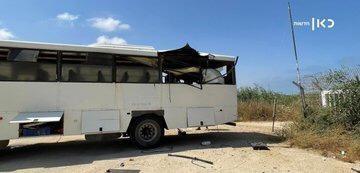 إصابة جندي ...القسام تستهدف بصاروخ موجه ناقلة جند قرب زكيم(صور)