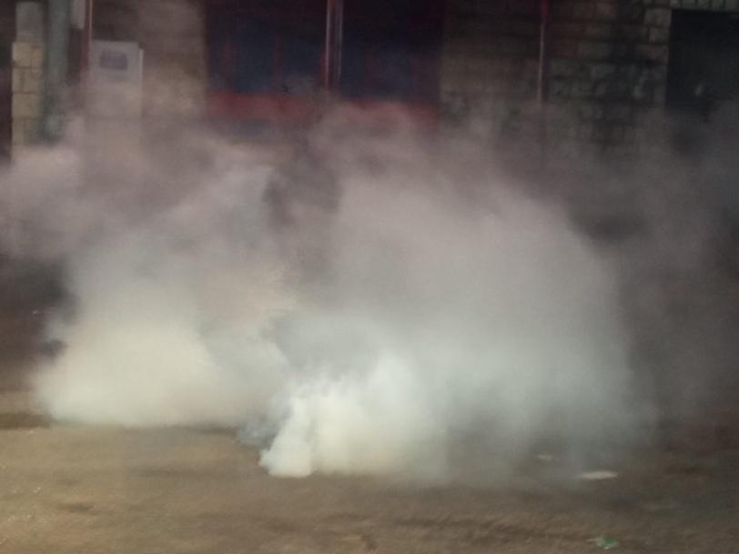 الاحتلال يعتقل 9 مواطنين بينهم أسرى محررين من بيت أمر