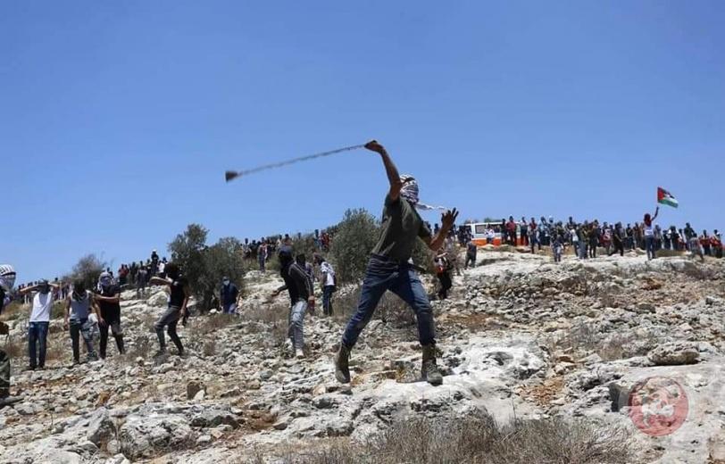 جبل صبيح- اصابات بالاختناق واستهداف سيارة إسعاف