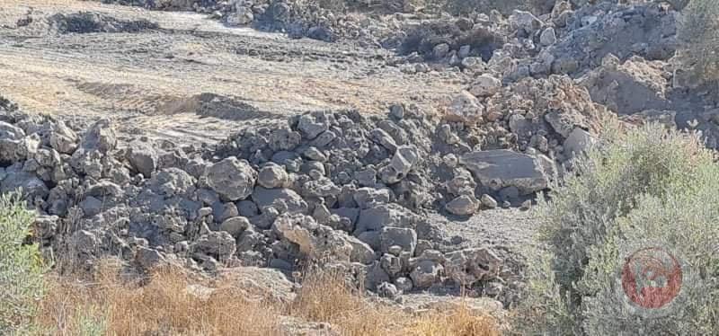 الإحتلال يغلق كافة الطرق المؤدية إلى جبل صبيح