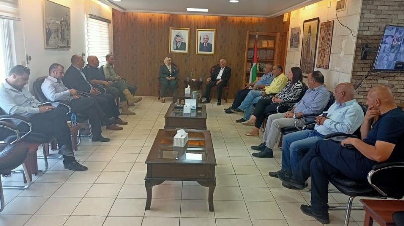 حميد والبنا يتفقان على استمرار التعاون لتشغيل مستشفى فلسطين العسكري