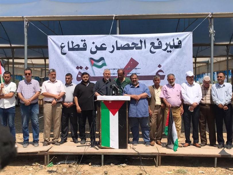 الفصائل من مخيم العودة: ارفعوا الحصار قبل فوات الاوان