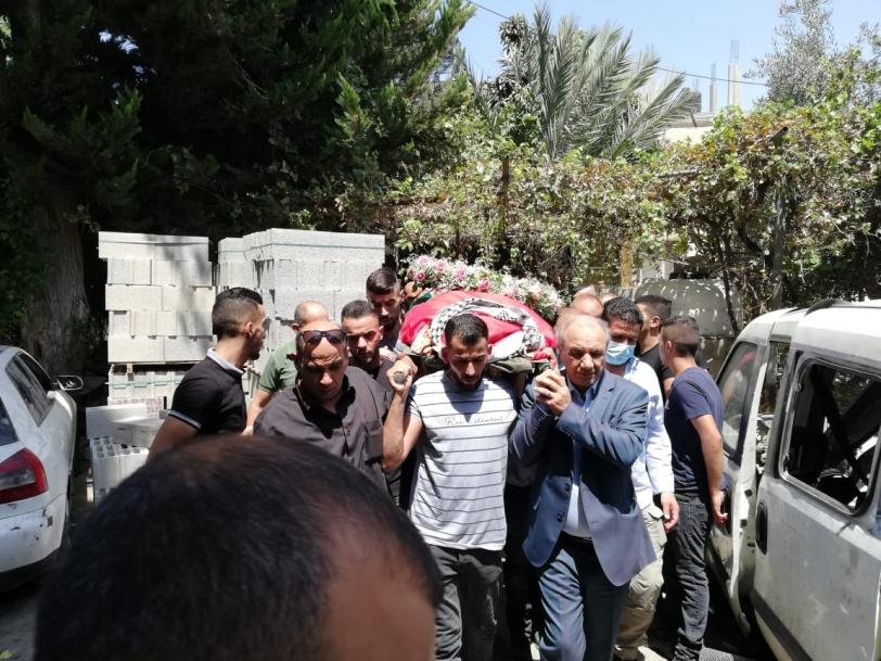 بيت لحم- تشييع جثمان المناضلة فاطمة الجعفري