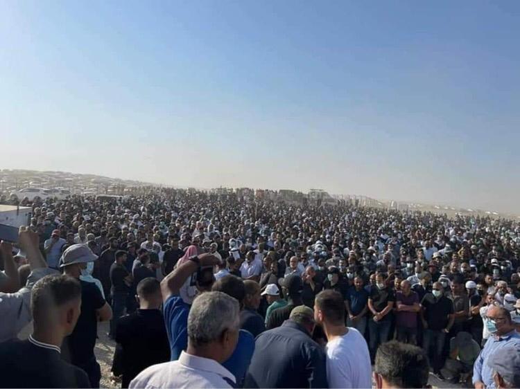 الآلاف يشيعون عضو الكنيست سعيد الخرومي