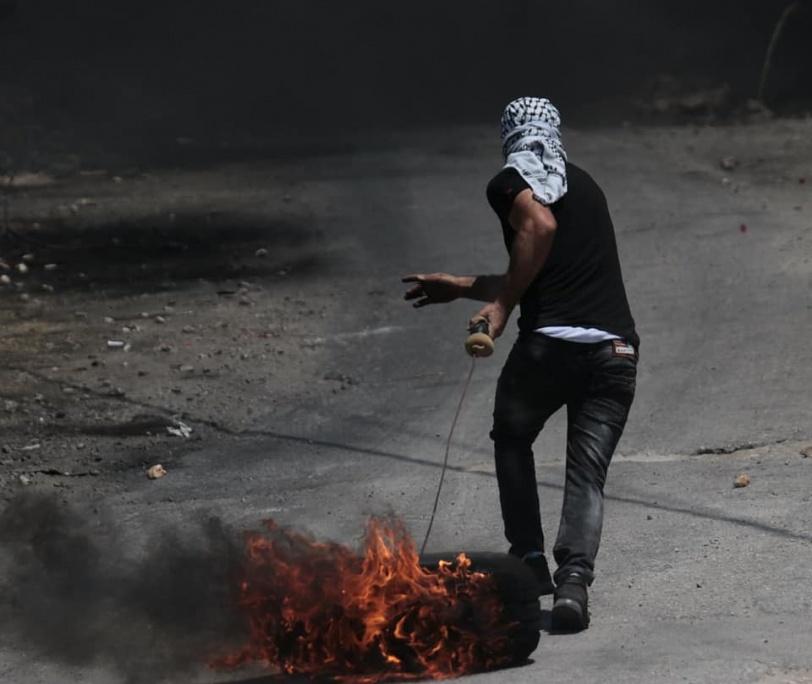 8 اصابات برصاص الاحتلال واستهداف سيارة اسعاف خلال قمع مسيرة كفر قدوم