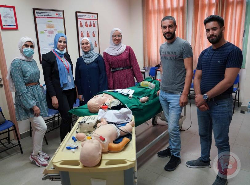 مركز القلب في الجامعة العربية الأمريكية يعقد دورة إنعاش قلب متقدمة للأطفال