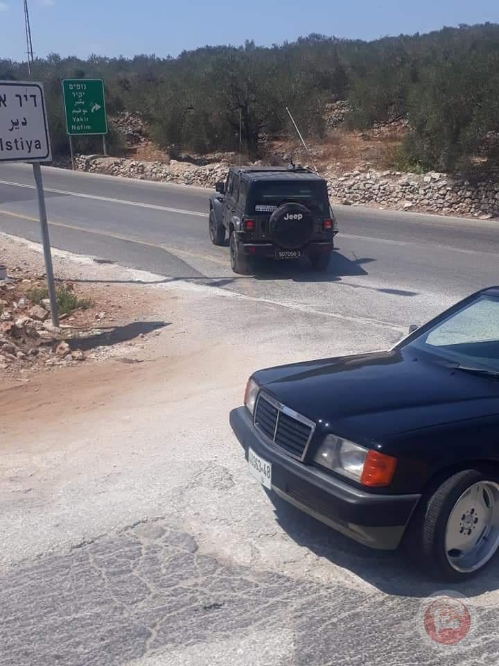 قوات الاحتلال تعتقل شابا من ديراستيا