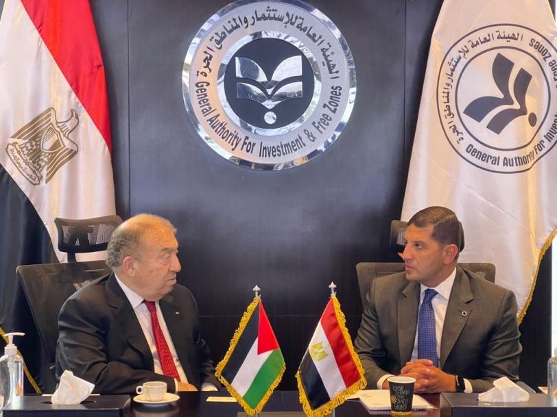 فلسطين ومصر تتفقان على آليات لتطوير التعاون الاقتصادي والتجاري
