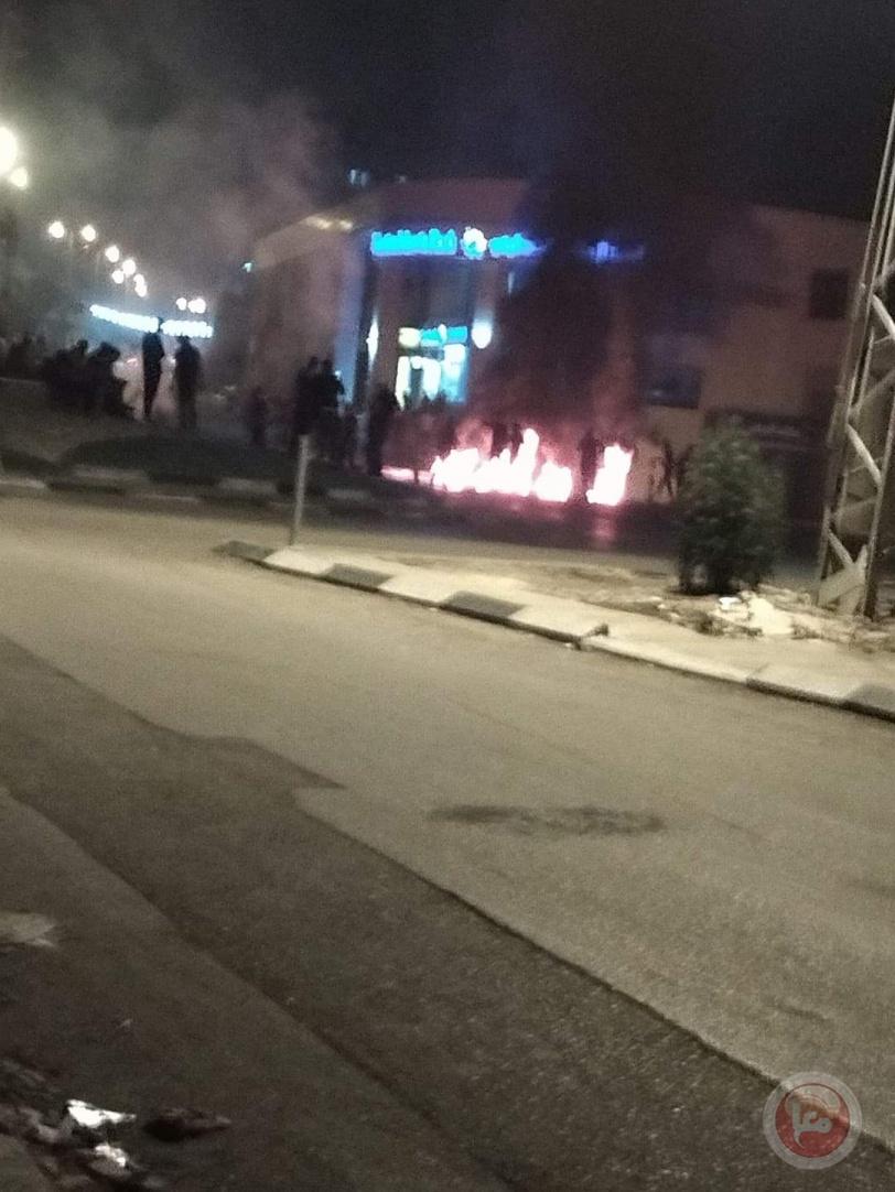 اصابة جنديين بنابلس ... الاحتلال أجبر المستوطنين على الهروب من قبر يوسف