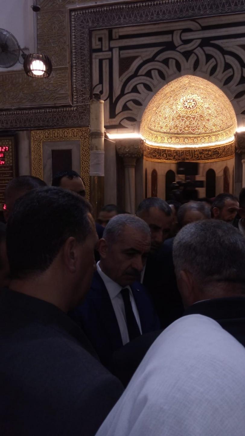 اشتية: المسجد الإبراهيمي والبلدة القديمة بالخليل على أعلى سلم أولوياتنا