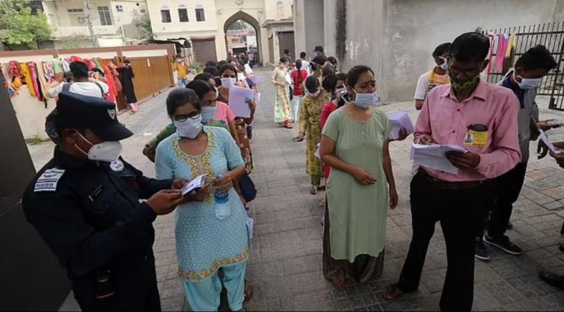 الهند تحجب الإنترنت عن 25 مليون شخص لمنع الغش بامتحان للمعلمين