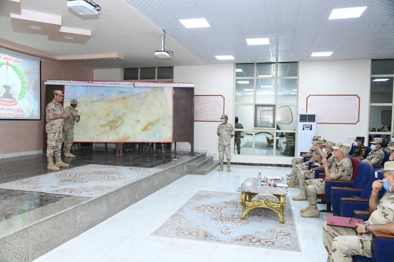 رئيس أركان الجيش المصري يتفقد الأوضاع في سيناء