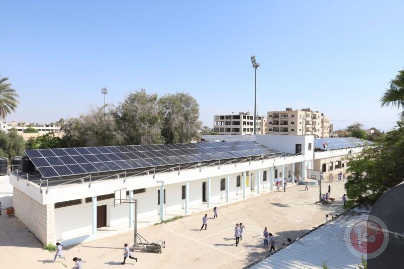 مصطفى ورئيس البنك الدولي يتفقدان تقدم العمل ببرنامج صندوق الاستثمار للطاقة الشمسية على أسطح المدارس