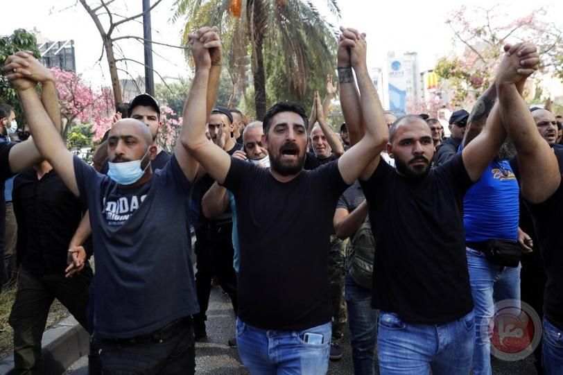 اشتباكات عنيفة - 6 قتلى و60 جريحا في اعتداء مسلحين على تظاهرة ببيروت