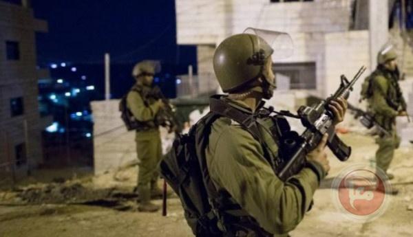 الاحتلال يعتقل 7 مواطنين من الضفة والقدس