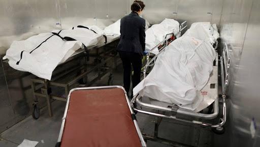 تنكيس الأعلام ودق الأجراس بعد تسجيل 500 ألف وفاة بكورونا في امريكا