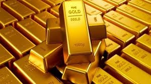 الذهب يبلغ أغلى سعر منذ 7 سنوات