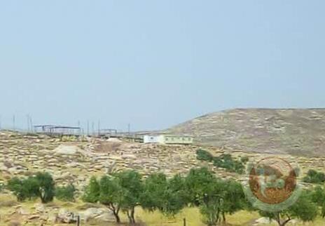 """مستوطنون يواصلون نصب """"كرفانات"""" شرق بيت لحم"""