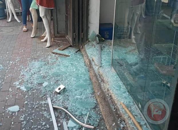 صور.. إطلاق النار على محل للمجوهرات في سلفيت