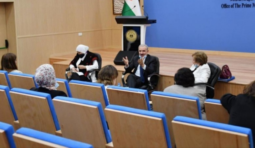 رئيس الوزارء يدعو الاتحاد العام للمرأة للمشاركة في مشروع التعاونيات الزراعية