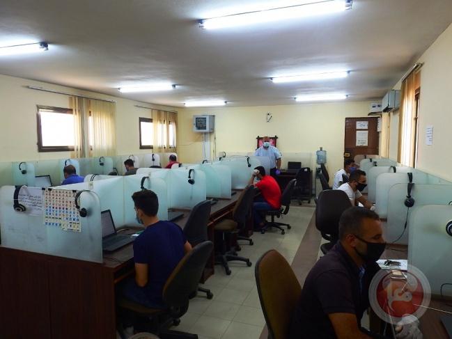 غزة : عودة العمل في الاختبارات النظرية لطلبة مدراس تعليم السياقة