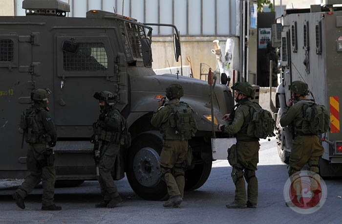 الاحتلال يعتقل اسيرا محررا من بلدة سعير