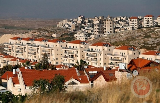اسرائيل تصادق  على بناء 2166 وحدة استيطانية في الضفة