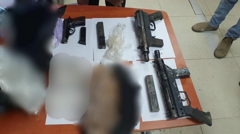 ضبط سلاحين في روضة أطفال بالفريديس