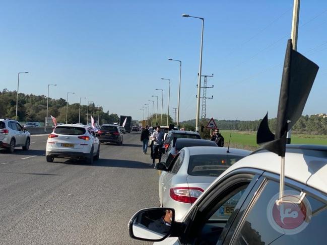 انطلاق قافلة سيارات احتجاجا على العنف والجريمة بأراضي الـ48